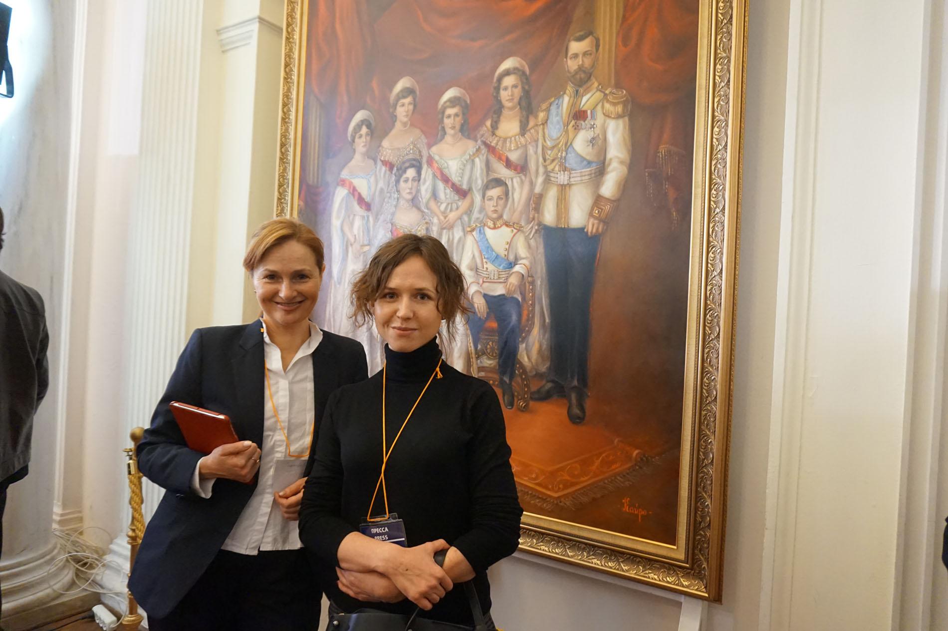 Услуги переводчиков синхронистов в Крыму